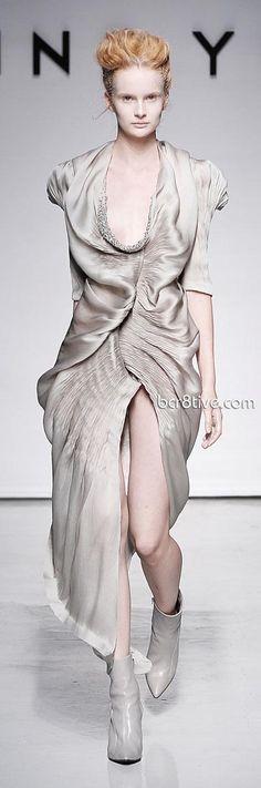 Yiqing Yin – Fall Winter 2011 Debut Paris Fashion Week