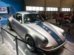 Porsche at SEMA show 2017#rwb #rauhwelt #rwbporsche #rauhweltporsche #sema #party #sema2017 #vegas #lasvegas #porsche #1048style #kamiwazajapan Rwb Porsche, Las Vegas, Rauh Welt, Japan, Cars, Vehicles, Last Vegas, Autos, Car