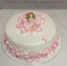 Fairy Cake ~ all edible and so sweet!   Look close-up to see this fairy! fantastic!