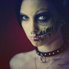 #Goth girl horror make-up