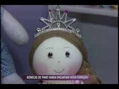 No quadro Artesanato, aprenda a fazer lindas bonecas de pano