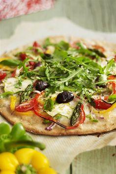 Pizza de verduras. 3. Pizza casera Healthy Vegan Breakfast, Healthy Pizza, Healthy Appetizers, Healthy Soup, Healthy Snacks, Lunch Recipes, Paleo Recipes, Dinner Recipes, Healthy Recipe Videos