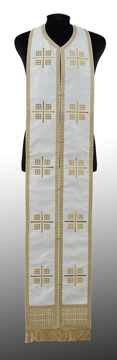 Large View Early Christian, Gold Embroidery, Ready To Wear, How To Wear