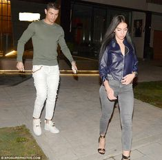 Real Madrid star Cristiano Ronaldo, and girlfriend Georgina Rodriguez, looked good together as they stepped out for dinner in Madrid on Wednesday. The pair started dating few months Cristiano Ronaldo Cr7, Cristiano Ronaldo Girlfriend, Cristino Ronaldo, World Best Football Player, Real Madrid, Formal Dresses For Men, Messi Soccer, Lionel Messi, Perfect Man