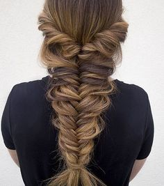 Top 60 All the Rage Looks with Long Box Braids - Hairstyles Trends Fishtail Braid Wedding, Messy Fishtail Braids, Fancy Braids, Pretty Braids, Loose Braids, Braids For Short Hair, French Fishtail, Simple Braids, Braids Cornrows