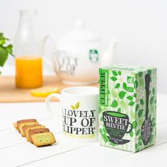 Menthe : ✔ Aventure : ✔ Let's go pour vivre une journée incroyable ! #new #infusion #bio #sweetmintie Clipper Tea, Infusion Bio, Tea Box, Box Packaging, Coconut Water, Teas, Tea Time, Madness, Tea Cups