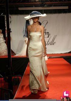 I sogni son desideri...di felicità!!  www.tosettisposa.it www.alessandrotosetti.com #abitidasposa2015 #wedding #weddingdress #tosetti #tosettisposa #nozze #bride #alessandrotosetti