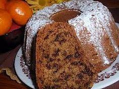Uvařenou oloupanou a nastrouhanou řepu dáme do mísy, dobře promícháme se žloutky, cukry a vlažným máslem. Pak přisypeme mouku s kypřidlem, opět... Classic Cake, Banana Bread, French Toast, Breakfast, Desserts, Fitness, Bulgur, Morning Coffee, Tailgate Desserts