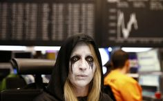 Concerns over the health of the financial system and danger of negative central bank interest rates cause European stocks and the FTSE to slump for consecutive trading day