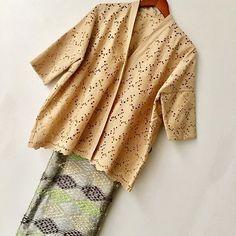Batik Kebaya, Kebaya Dress, Batik Dress, Hijab Dress, Blouse Outfit, Dress Outfits, Batik Fashion, Hijab Fashion, Model Kebaya