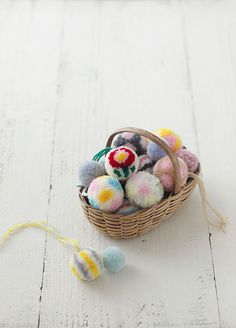more japanese pom-poms. So cute. Im working on learning how to make these!