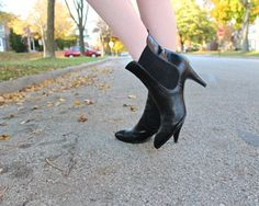 """80s Ankle Boots HIGH HEELS Vintage Genuine Leather Black BOOTIES Retro Rocker Woman's Oxford Boot Shoes by """"Via Spiga"""" Modern Shoe Size 8M by HarlowGirls on Etsy"""