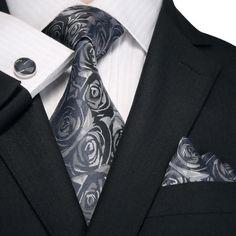 Blue and Black Paisley Necktie Set – Toramon Necktie Company Sharp Dressed Man, Well Dressed Men, Mens Fashion Suits, Men's Fashion, Fashion Ideas, Nice Clothes For Men, Dapper Suits, Men's Suits, Designer Suits For Men