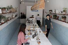 """Café Milk, desarrollado por The Andes House con baldosas """"Punto"""", diseño desarrollado por TAH y Baldosas Córdova."""