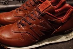 """Photo04 - 1905年創業の老舗タンナーHORWEEN社のプレミアムレザーを採用した、New Balance M1300CL """"made in U.S.A.""""が登場"""