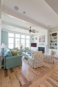 Coralberry Cottage (House of Turquoise) - Coralberry Cottage Best Picture For diy room partition For Your Taste You are looking for somethi - Cottage Living Rooms, Coastal Living Rooms, Cottage Homes, Home Living Room, Cottage Rugs, Cottage Art, Living Room Flooring, Cottage Ideas, Cozy Living