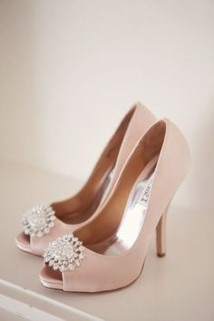 Pale Blush Shoes That Sparkle. Badgley Mischka