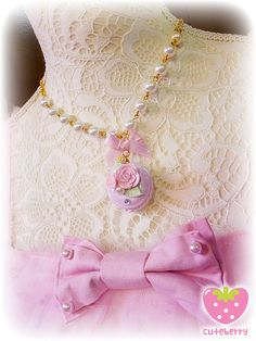 [CUTEBERRY] Rose Sugar Macaron necklace « Lace Market: Lolita Fashion Sales and Auctions