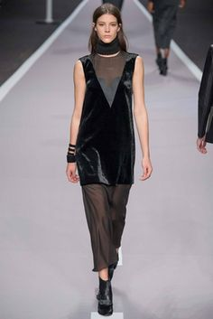 Viktor & Rolf Fall 2014 Ready-to-Wear Fashion Show: Complete Collection - Style.com