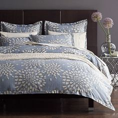 Elegant Duvet Cover With Painterly Chrysanthemum Blossoms That Float Across A Dusky Ground Of Our Silky