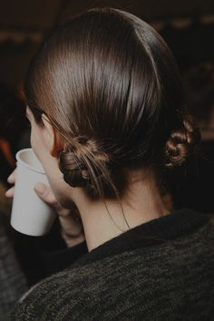 backstage at marc jacobs fall/winter 2012