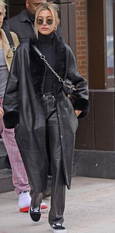 Estilo Hailey Baldwin, Hailey Baldwin Style, Mode Outfits, Fall Outfits, Fashion Outfits, Chic Outfits, Looks Street Style, Looks Style, Celebrity Outfits