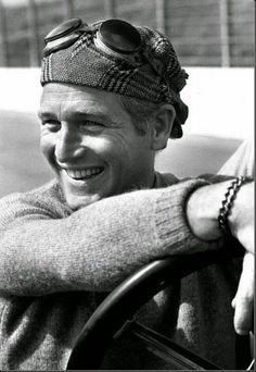 Oscar-winning movie star Paul Newman personified cool as the anti-hero of such films as Hud, Cool Hand Luke, and The Color of Money. Hollywood Stars, Classic Hollywood, Old Hollywood, Hollywood Icons, Hollywood Glamour, Robert Redford, Steve Mcqueen, John Rambo, Toy Story
