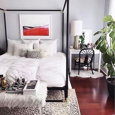 Sweet dreams are made of bold prints and touches of faux and gold care of @apinchoflovely's chic @liketoknow.it.home set up | Download the LIKEtoKNOW.it app to get ready-to-shop #LTKhome details by taking a screenshot or 'like' this pic | http://liketk.it/2qTYW #liketkit
