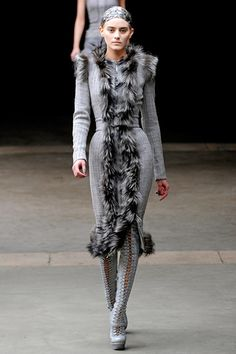 Alexander McQueen    Google Image Result for http://www.fashionwithus.com/wp-content/uploads/2011/03/236.jpg