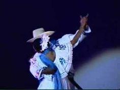 Ballet Folklorico Quetzaltnahuatl de Nicaragua.