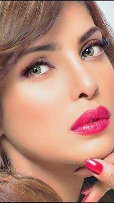 Priyanka chopra.. Lovely Eyes, Beautiful Girl Image, Pretty Eyes, Beautiful Gorgeous, Priyanka Chopra Exotic, My Beauty, Hair Beauty, Makeup Looks, Face Makeup