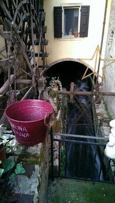 Borghetto Gardasee Lake Garda, Little Houses, Bella, Italia, Vacation Travel, Photo Illustration, Small Houses, Tiny Houses, Tiny Homes