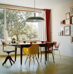 Mesas com Cadeiras Diferentes imagem Fotos e Modelos de Mesas com Cadeiras Diferentes ou Mix de Cadeiras