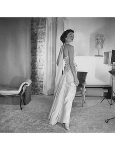 A Christian Dior–garbed De Ribes in 1959.