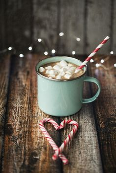 Heart candy canes with hot coco