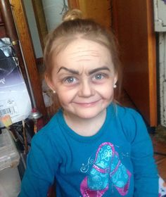 Three-Year-Old Girl Gets A Hilarious 'Old Lady' Makeover Old Lady Halloween Costume, Halloween Kids, Witch Costumes, Happy Halloween, Old Lady Makeup, Grandma Costume, Girls Ask, 100 Days Of School, Pre School