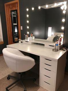 """""""Make-up Raum"""" - Teen Room . - """"Salle de maquillage"""" – Teen Room """"Make-up-R - Bedroom Decor For Teen Girls, Teen Room Decor, Room Ideas Bedroom, Teen Bedroom, Bedroom Goals, Bedroom Furniture, Kid Furniture, White Bedroom, Bedroom Designs"""