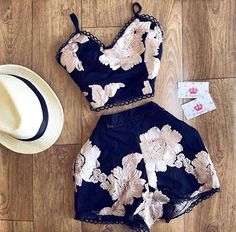 Try These Ideas! Teenage Girl Outfits, Teen Fashion Outfits, Look Fashion, Outfits For Teens, Fashion Dresses, Cute Summer Outfits, Short Outfits, Classy Outfits, Chic Outfits
