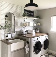 A dream laundry room makeover - We all dream of the perfect projects .- A dream laundry room makeover – We all dream of realizing the perfect home remodeling projects – no matter – - Laundry Room Remodel, Laundry In Bathroom, Laundry Decor, Modern Laundry Rooms, Remodel Bathroom, Mudroom Laundry Room, Laundry Room Shelves, Farmhouse Laundry Rooms, Laundry Room Makeovers