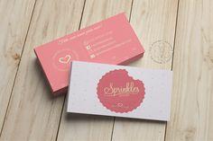 Cartão de Visita Sprinkles Doces Cake Business, Business Card Design, Business Cards, Business Inspiration, Graphic Design Inspiration, Clothing Logo Design, Cup Logo, Name Card Design, Bakery Design