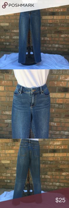 """{Talbots} flawless five pocket, 8 straight. Great pair of {Talbots} flawless five pocket straight leg jeans. Size 8, waist 34"""", hips straight across 18"""", front rise 9"""", rear rise 14 1/2"""", inseam 30"""". Ankle width 6 1/2"""" flat across. Great condition! Talbots Jeans Straight Leg"""