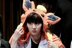 My cute bae Nu Est Minhyun, Pledis Entertainment, 3 In One, First Baby, Jinyoung, Boyfriend Material, Boy Groups, Snow White, Disney Characters