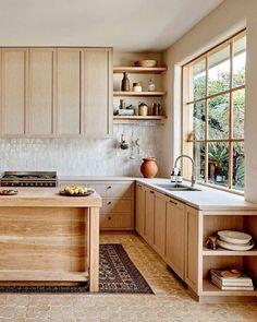 Kitchen Interior, New Kitchen, Kitchen Living, Rustic Kitchen, Kitchen Ideas, Orange Kitchen, Natural Kitchen, Kitchen Paint, Room Kitchen