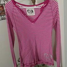 NWOT LEI Striped Long sleeve tee Has design on left lower hem as seen in pic #2 LEI Tops Tees - Short Sleeve