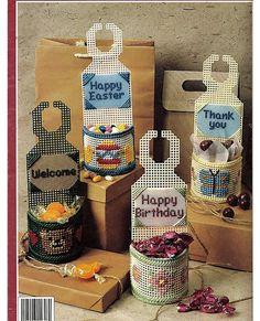 Doorknob Baskets in Plastic Canvas Leisure Arts por Doilydallys Plastic Canvas Books, Plastic Canvas Coasters, Plastic Canvas Ornaments, Plastic Canvas Crafts, Plastic Canvas Patterns, Canvas Art Projects, Craft Projects, Sewing Crafts, Diy Crafts