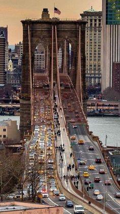 Brooklyn Bridge, New York City Empire State Building, Florida Living, South Florida, Photographie New York, Places To Travel, Places To Visit, Brooklyn Bridge New York, New York Photos, Belle Villa