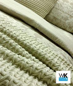 Jogos de cama com fronha decorativa e peseira confeccionadas em linha. #wilerk #tecidos #jogodecama