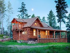 VRBO.com #291867ha - 'Mountain Crest' - One of a Kind, Secluded, Hand-Hewn Log Cabin, Incredible View
