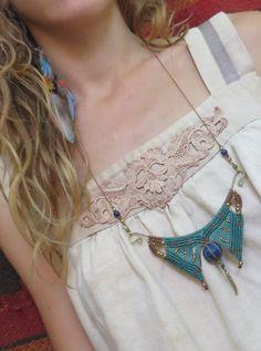 Special Macrame Tribal Necklaces by CuraWay on Etsy Collar Macrame, Macrame Colar, Macrame Art, Macrame Necklace, Tribal Necklace, Macrame Jewelry, Macrame Bracelets, Wire Jewelry, Jewellery