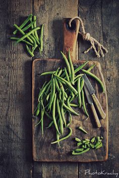 I love fresh green beans as a crispy snack on a hot day and during the winter steamed beans with some pepper and sea salt is super tasty!!